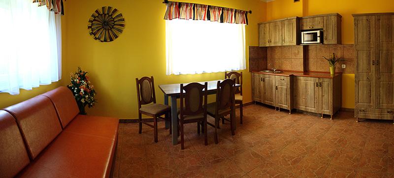 Żółty apartamenty - Apartamenty Żabcia Grzybowo